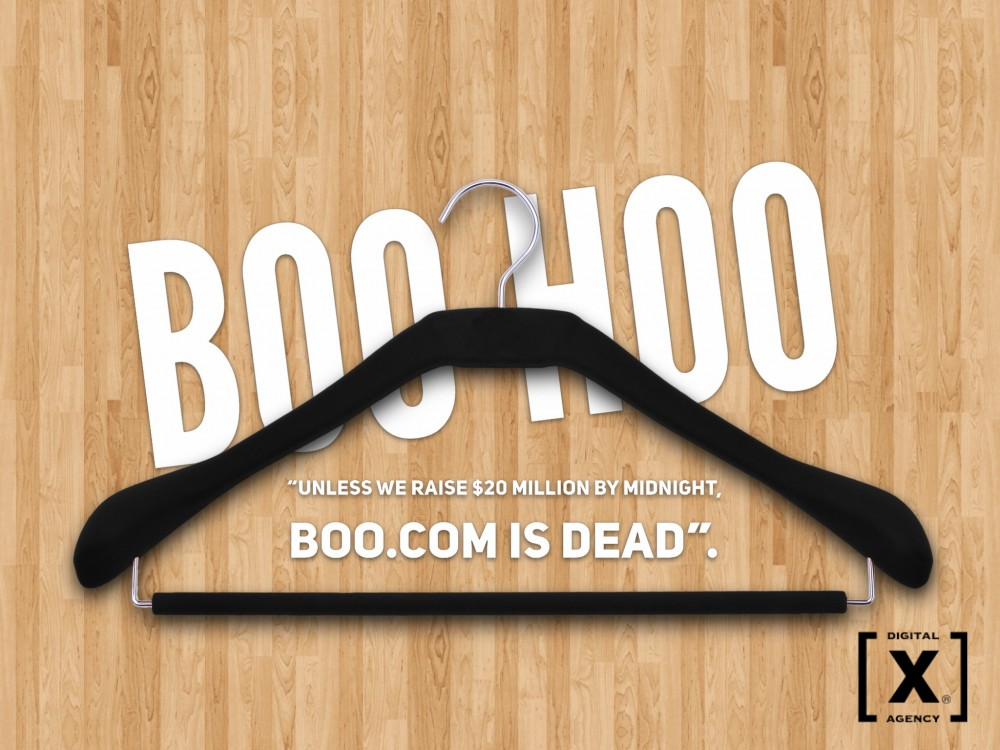 boo com Boo (third-person singular simple present boos, present participle booing, simple past and past participle booed) (intransitive) to shout extended boos.